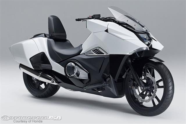 Honda-NM4-Vultus-2.jpg